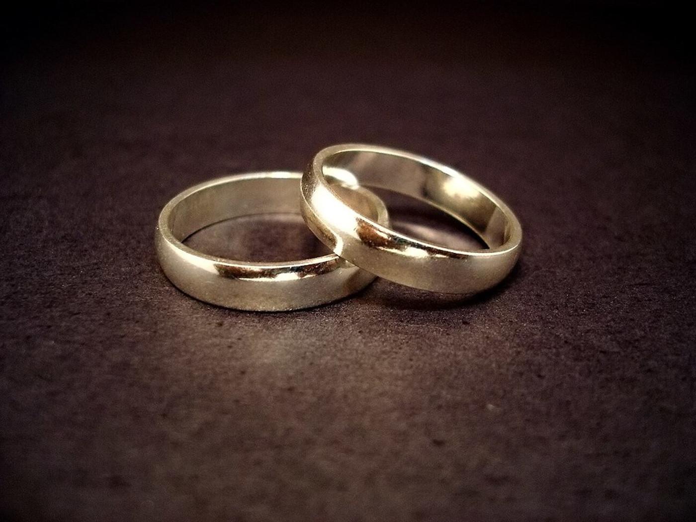 a786a19b5ab8 Anillos de Compromiso y Alianzas de Matrimonio