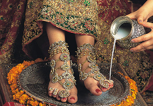 Tatuajes en Henna y tradiciones de la Boda Hindú