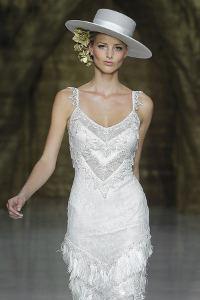 Se recomienda además evitar en lo posible sombreros grandes 51538339137
