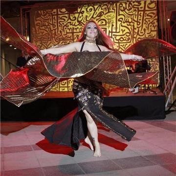 Nadia Falak Danza Oriental