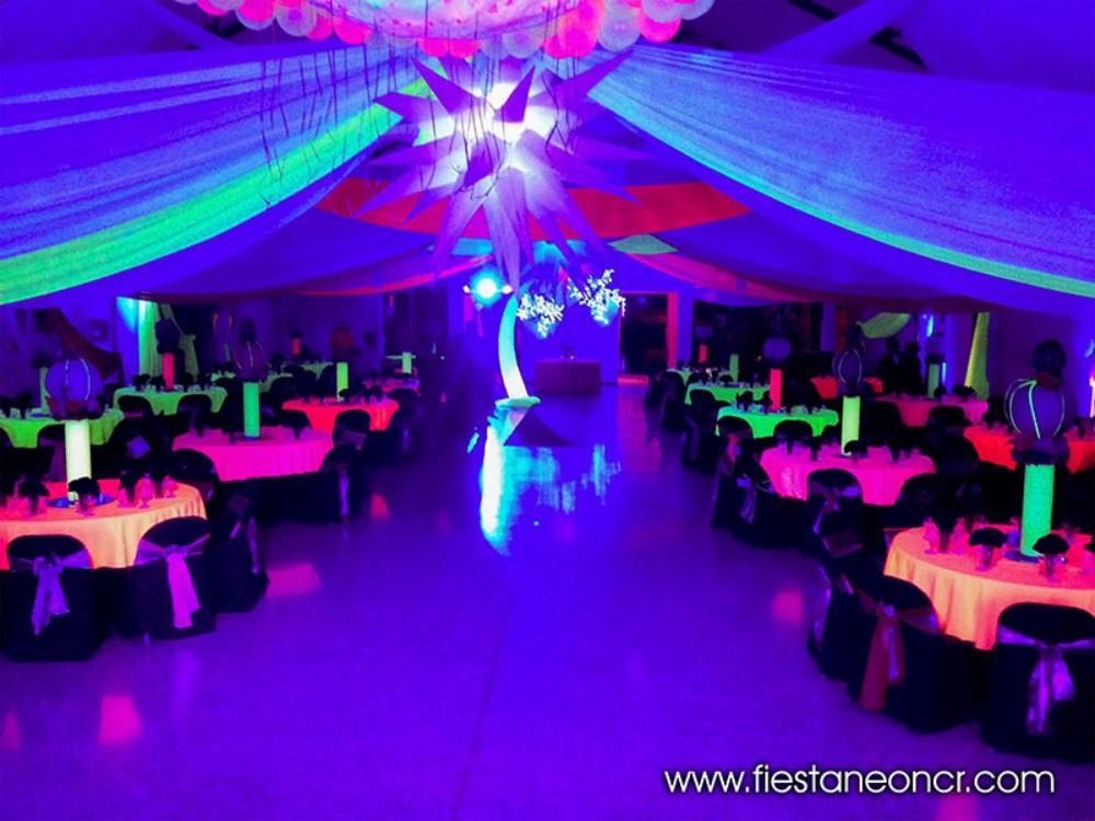 Fiestas Neon En Costa Rica